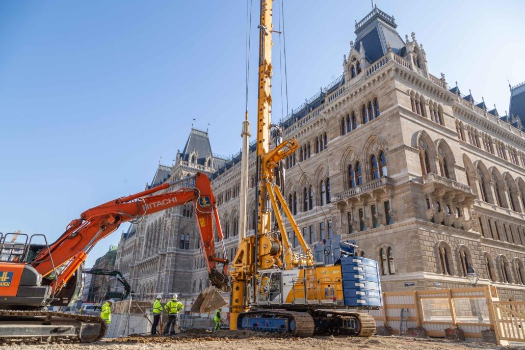 U2-Sperre: Tiefgreifende Bauarbeiten für die U5-Station Frankhplatz.